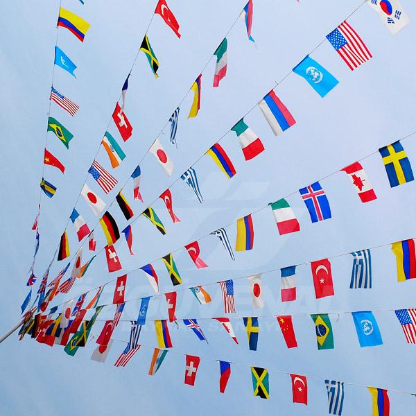 ucgen bayrak İpe Dizili Bayrak