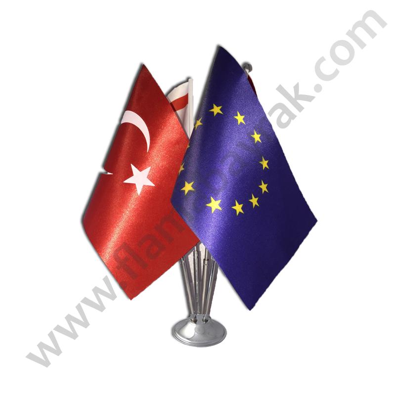 masa bayragi dortlu4 Masa Bayrağı