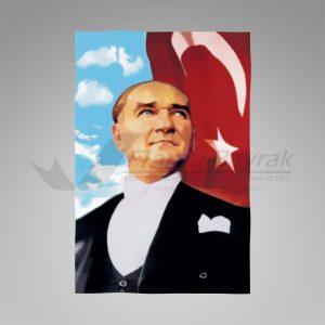 Turk Bayrakli Ata Posteri 300x300 Atatürk Posteri