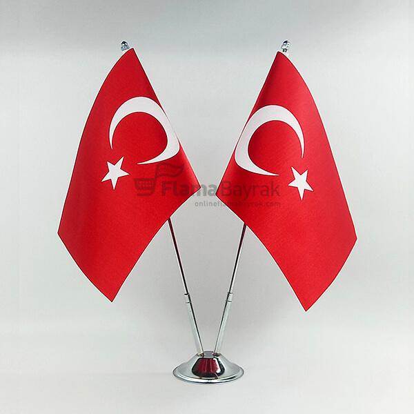 2 Li Turk Masa Bayragi Türk Bayrağı