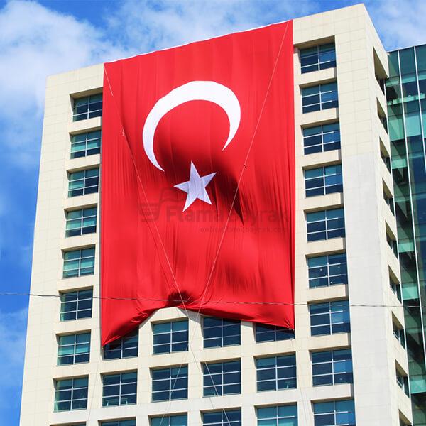 Bina Turk Bayragi 1 Türk Bayrağı