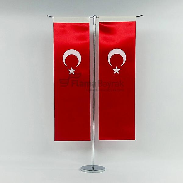 T Direkli Alti Duz Masa Bayragi Türk Bayrağı